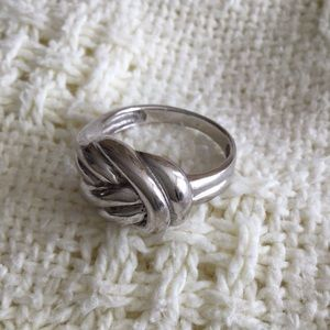 Jewelry - Sterling Twist Knotted Ring (9)